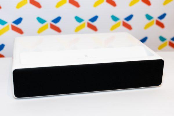 Xiaomi Mi Laserový Projektor 150″ (3)